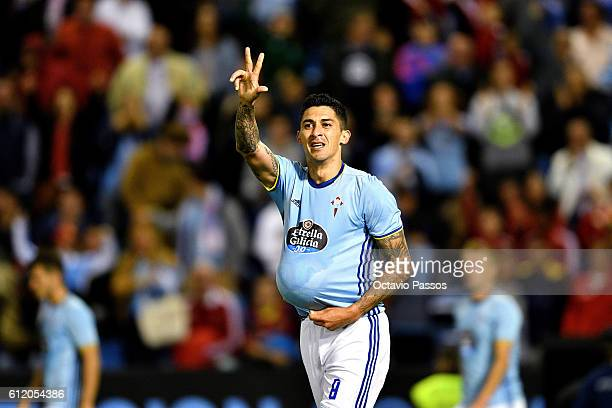 Pablo Hernández of RC Celta de Vigo celebrates after scoring the winning goal against FC Barcelona during the La Liga match between Real Club Celta...