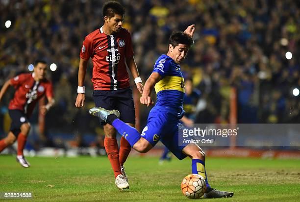 Pablo Javier Perez of Boca Juniors kicks the ball during a second leg match between Boca Juniors and Cerro Porteno as part of round of sixteen of...