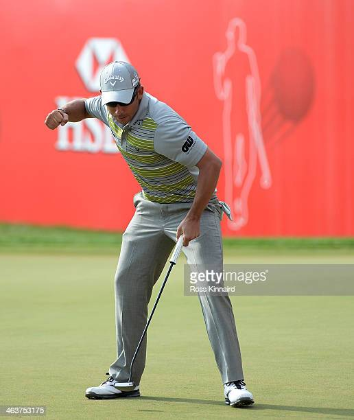 Pablo Larrazabal of Spain celebrates making a birdie four on the 18th hole to win the tournament during the final round of the Abu Dhabi HSBC Golf...