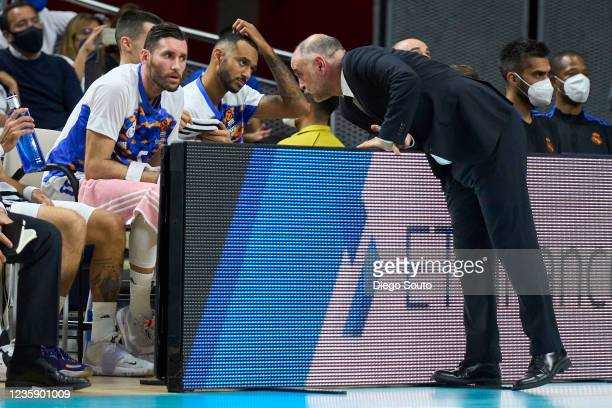 Pablo Laso, Head Coach of Real Madrid and Rudy Fernandez of Real Madrid speaking during the Turkish Airlines EuroLeague Regular Season Round 4 match...