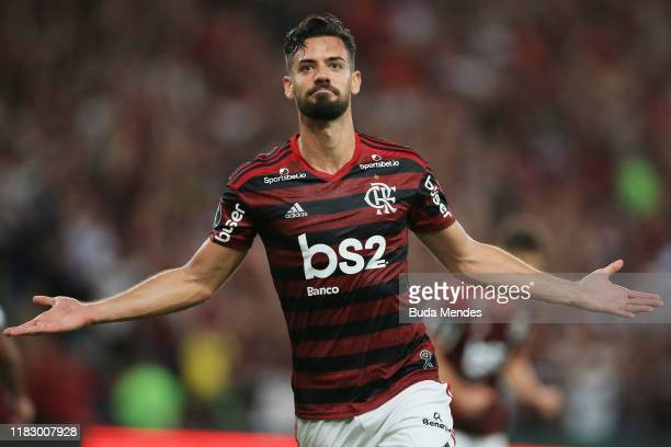 Pablo Mari celebrates after scoring the fourth goal of his team during a second leg semi-final match between Flamengo and Gremio as part of Copa...