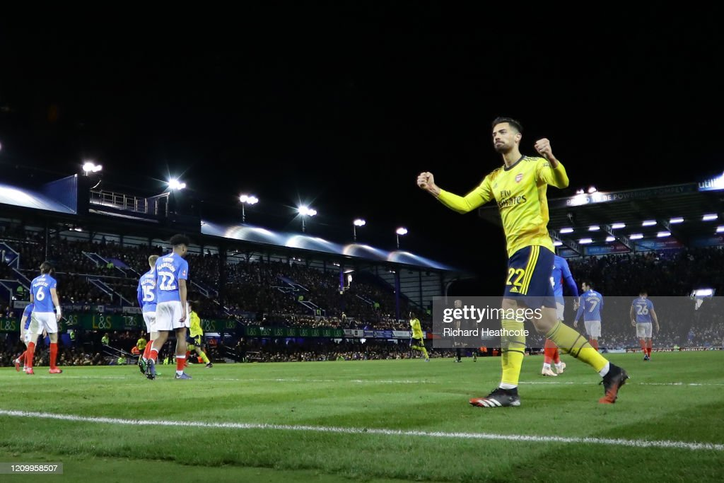 Portsmouth FC v Arsenal FC - FA Cup Fifth Round : News Photo