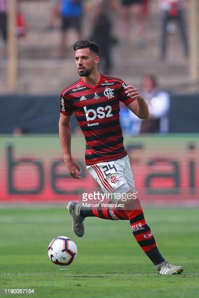 Pablo Mari of Flamengo controls the ball during the final match of Copa CONMEBOL Libertadores 2019 between Flamengo and River Plate at Estadio...