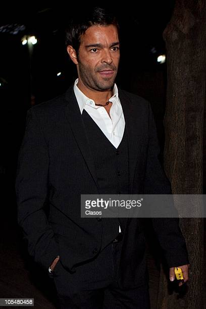 Pablo Montero attends a press conference on the 25 years of the charity foundation Solo Por Ayudar at Bosque de Chapultepec on October 14, 2010 in...