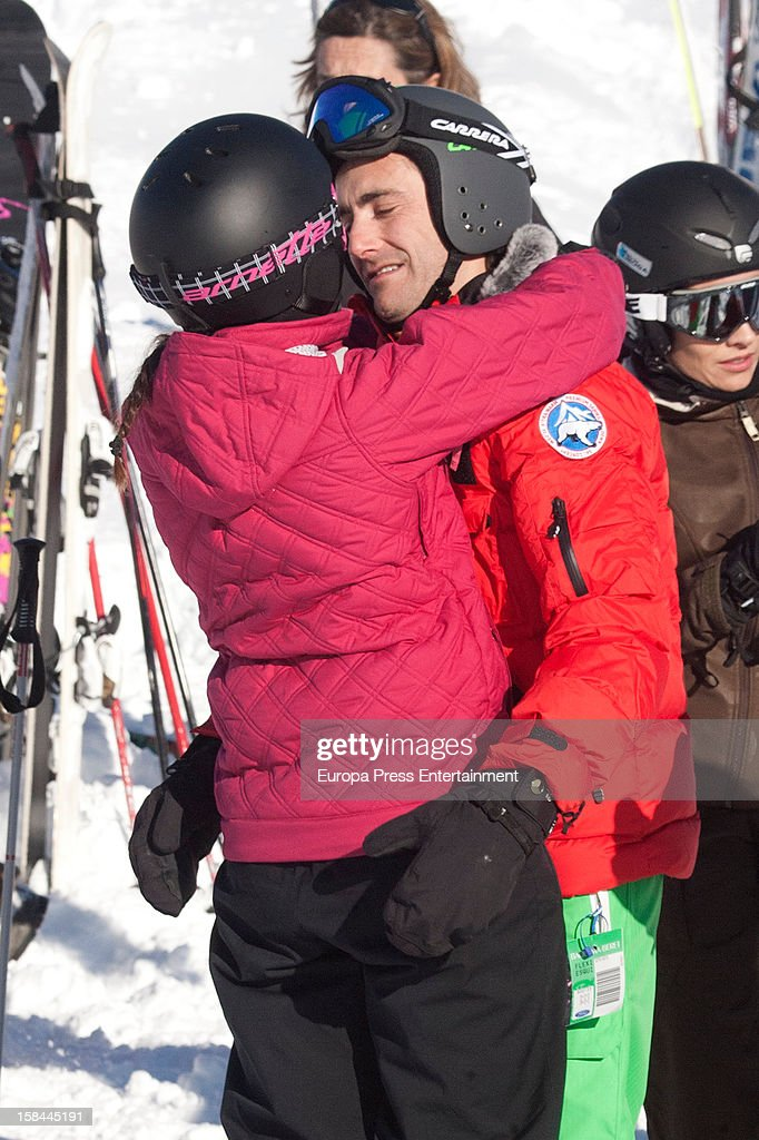 Pablo Nieto 'Gelete' (R) and his girlfriend are seen on December 6, 2012 in Baqueira Beret, Spain.