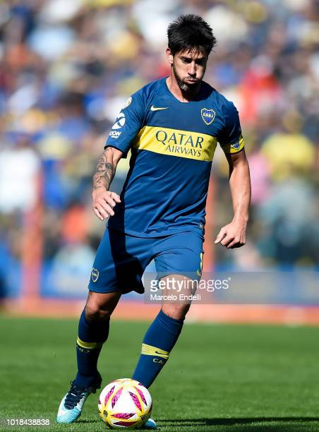 Pablo Perez of Boca Juniors drives the ball during a match between Boca Juniors and Talleres as part of Superliga Argentina 2018/19 at Estadio...