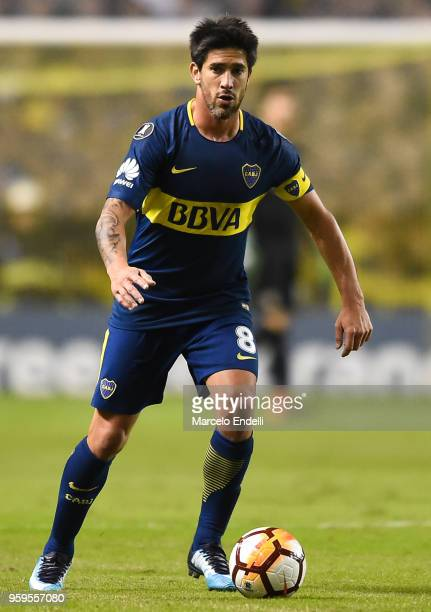Pablo Perez of Boca Juniors drives the ball during a match between Boca Juniors and Alianza Lima at Alberto J Armando Stadium on May 16 2018 in La...