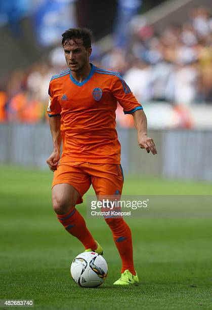 Pablo Piatti of Valencia runs with the ball during the Colonia Cup 2015 match between FC Valencia and FC Porto at RheinEnergieStadion on August 1...