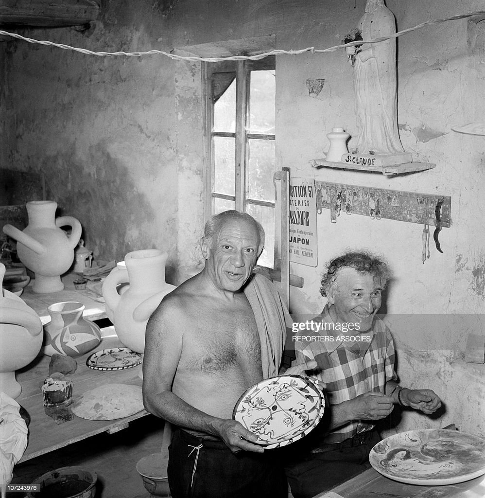 Pablo Picasso and Marc Chagall (R) at the Madoura ceramics workshop in 1948 in Vallauris. France