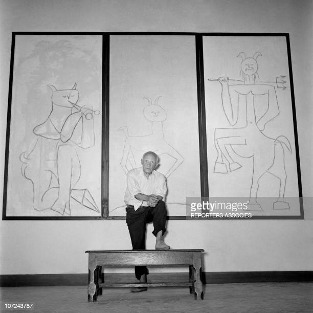 Pablo Picasso poses at the opening of his ceramics exhibition at the Antibes museum today known as the Picasso Museum the first museum in the world...