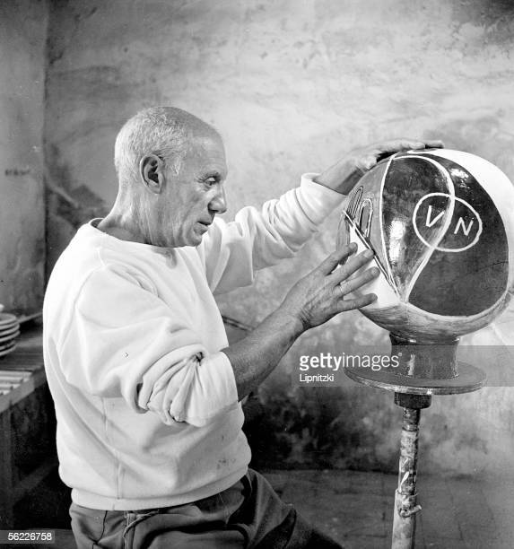Pablo Picasso Spanish painter engraver sculptor and ceramist in his studio to Vallauris LIP1069038