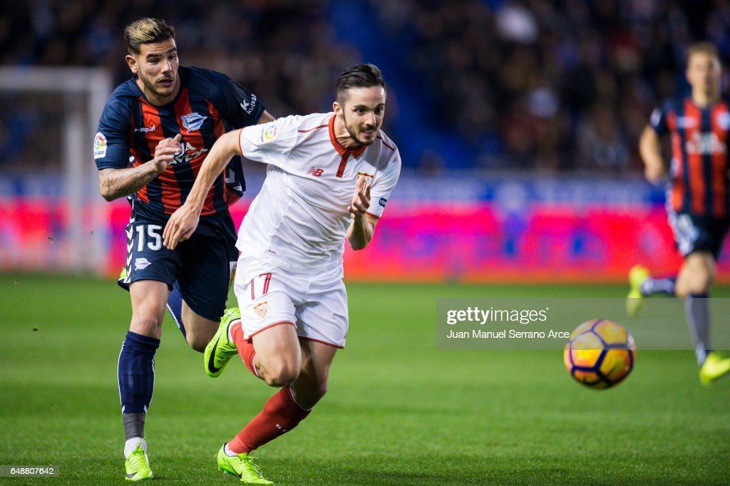 Pablo Sarabia of Sevilla FC duels for the ball with Theo Hernandez of Deportivo Alaves during the La Liga match between Deportivo Alaves and Sevilla FC at Mendizorroza stadium on March 6, 2017 in Vitoria-Gasteiz, Spain.