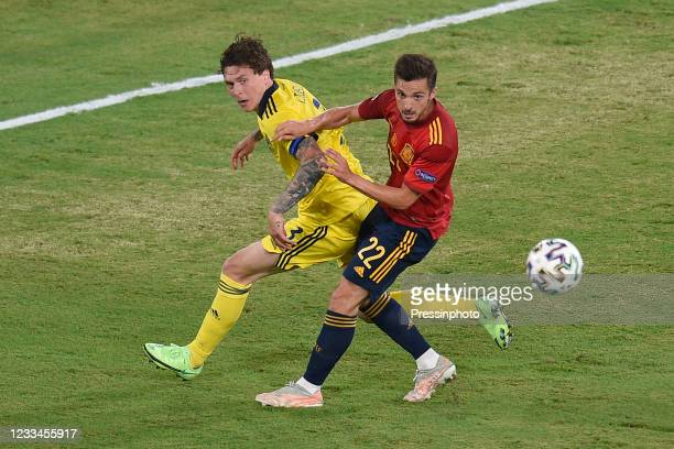Pablo Sarabia of Spain and Macs Kristoffer Olsson of Sweden during the match between Spain and Sweden of Euro 2020, group E, matchday 1, played at La...