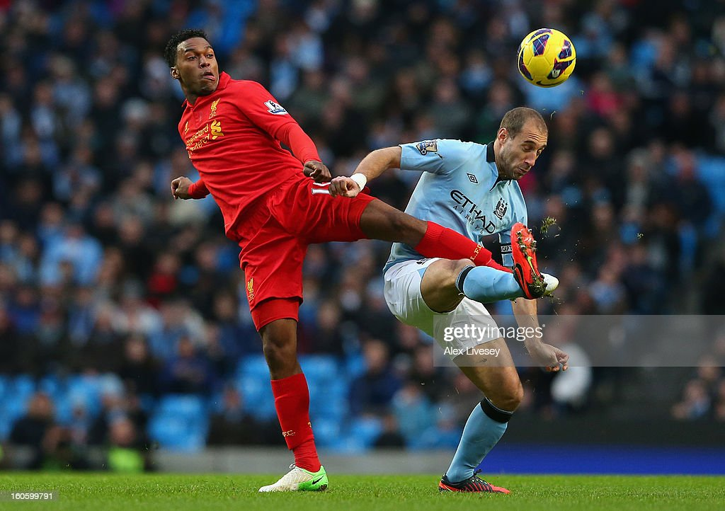 Pablo Zabaleta of Manchester City competes with Daniel Sturridge of Liverpool during the Barclays Premier League match between Manchester City and Liverpool at the Etihad Stadium on February 3, 2013 in Manchester, England.