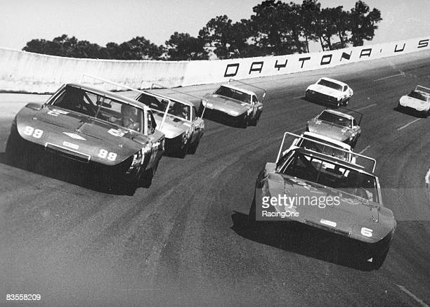 Pace lap for the 1970 Daytona 500 led by the winged cars of Chrysler Corp