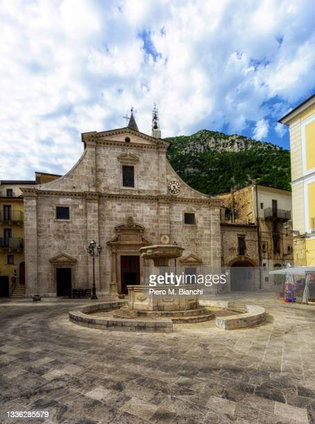 pacentro - l'aquila stock pictures, royalty-free photos & images