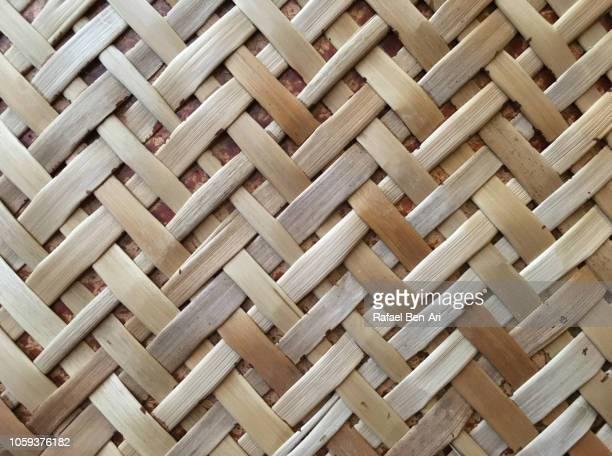 pacific islands weaving artwork - rafael ben ari fotografías e imágenes de stock