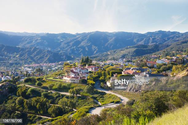 pacific palisades houses and santa monica mountains. southern california - stellalevi stock pictures, royalty-free photos & images