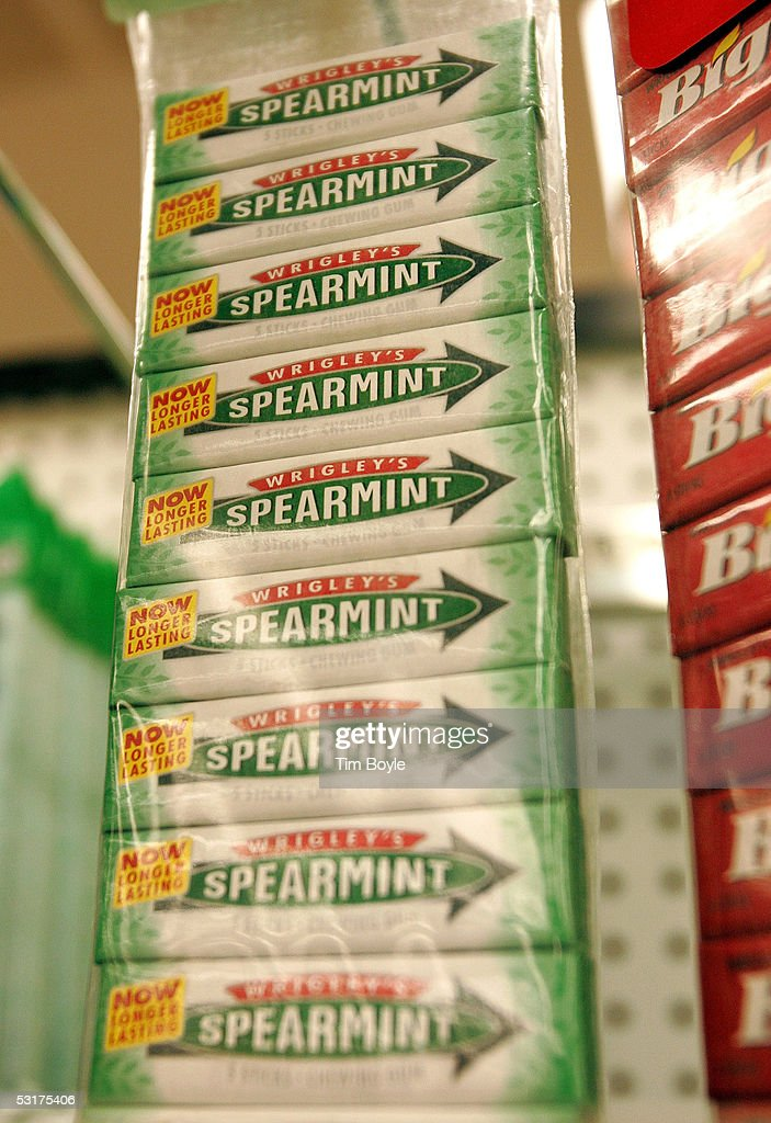 Packages of Wrigley's Spearmint gum are displayed in a grocery store June 30, 2005 in Park Ridge, Illinois. Chicago-based Wm. Wrigley Jr. has said it will close its 94-year-old factory in Chicago that produces the company's chewing gum, effecting close to 600 workers, after its acquisition of Kraft Foods' Life Savers and Altoids brands June 29.