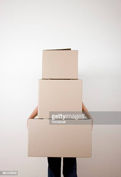 packing boxes, getting ready to move - carrying stock pictures, royalty-free photos & images