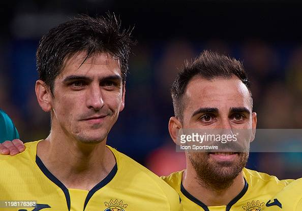 Paco Alcacer and Gerard Moreno forwards of Villarreal CF looks during...  News Photo - Getty Images