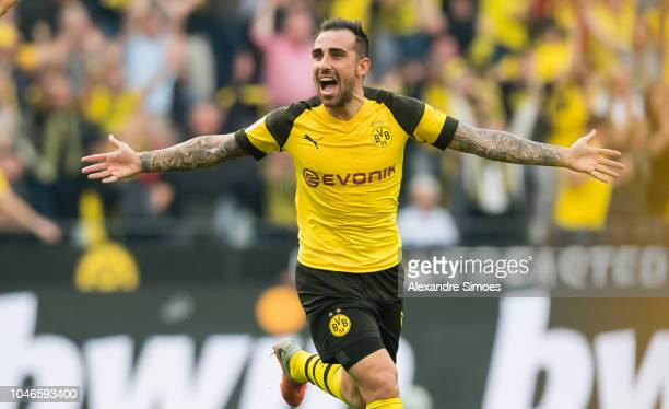 Paco Alcacer of Borussia Dortmund celebrates scoring the goal to the 43 during the Bundesliga match between Borussia Dortmund and FC Augsburg at the...