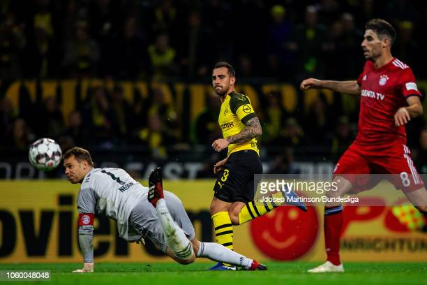 Paco Alcacer of Borussia Dortmund scores a goal during the Bundesliga match between Borussia Dortmund and FC Bayern Muenchen at Signal Iduna Park on...