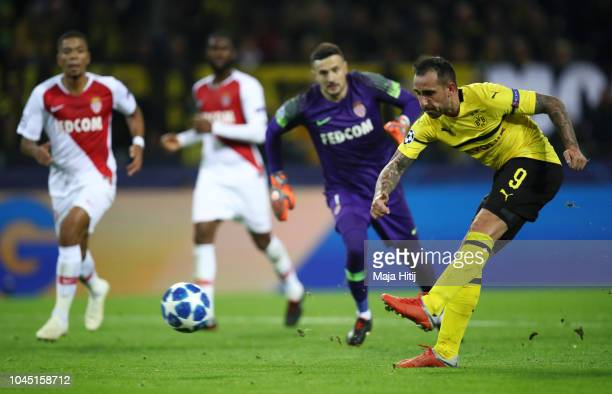 Paco Alcacer of Borussia Dortmund scores his team's second goal during the Group A match of the UEFA Champions League between Borussia Dortmund and...