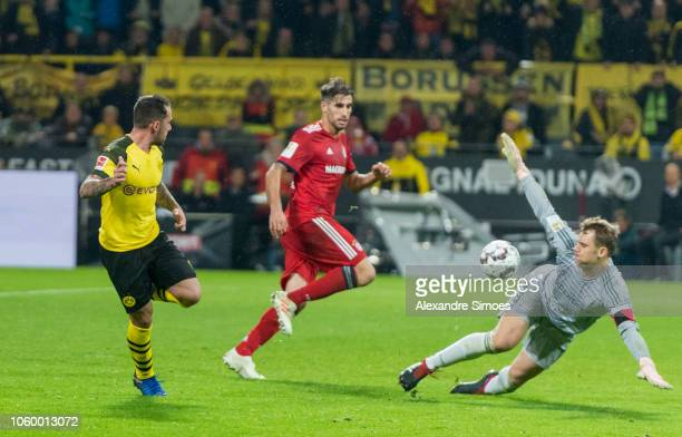 Paco Alcacer of Borussia Dortmund scores the winning goal to the 32 during the Bundesliga match between Borussia Dortmund and FC Bayern Muenchen at...