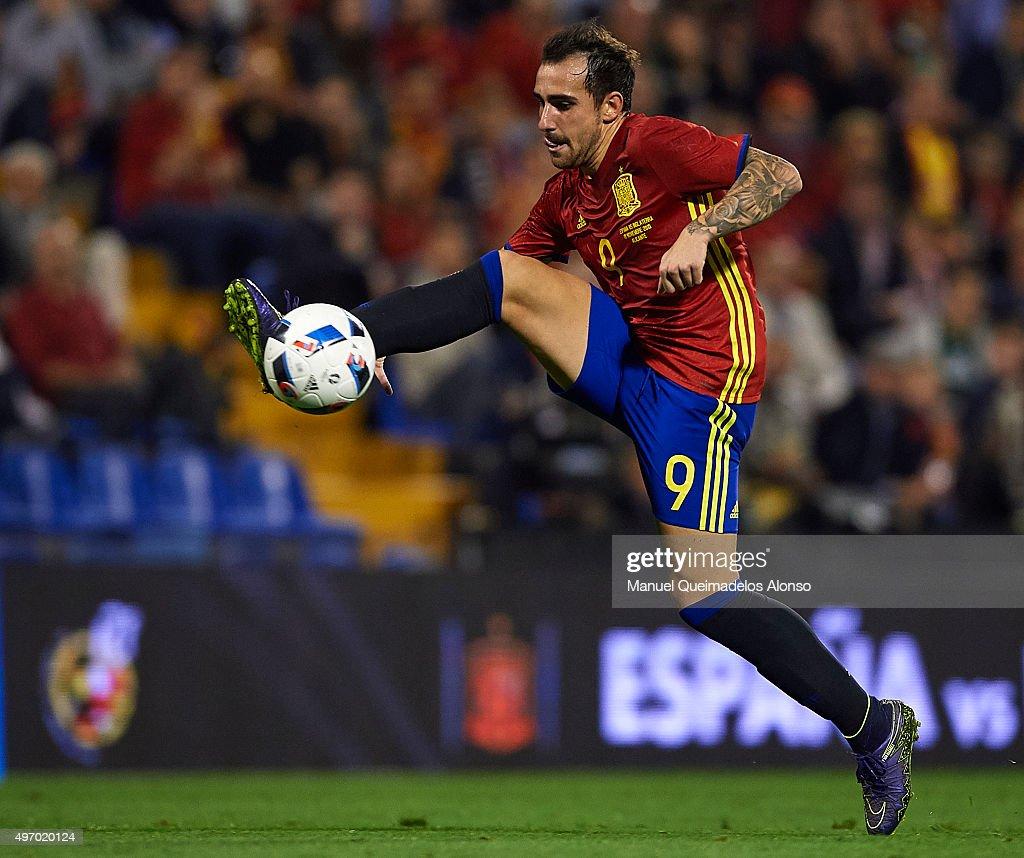 Spain v England - International Friendly : Nieuwsfoto's