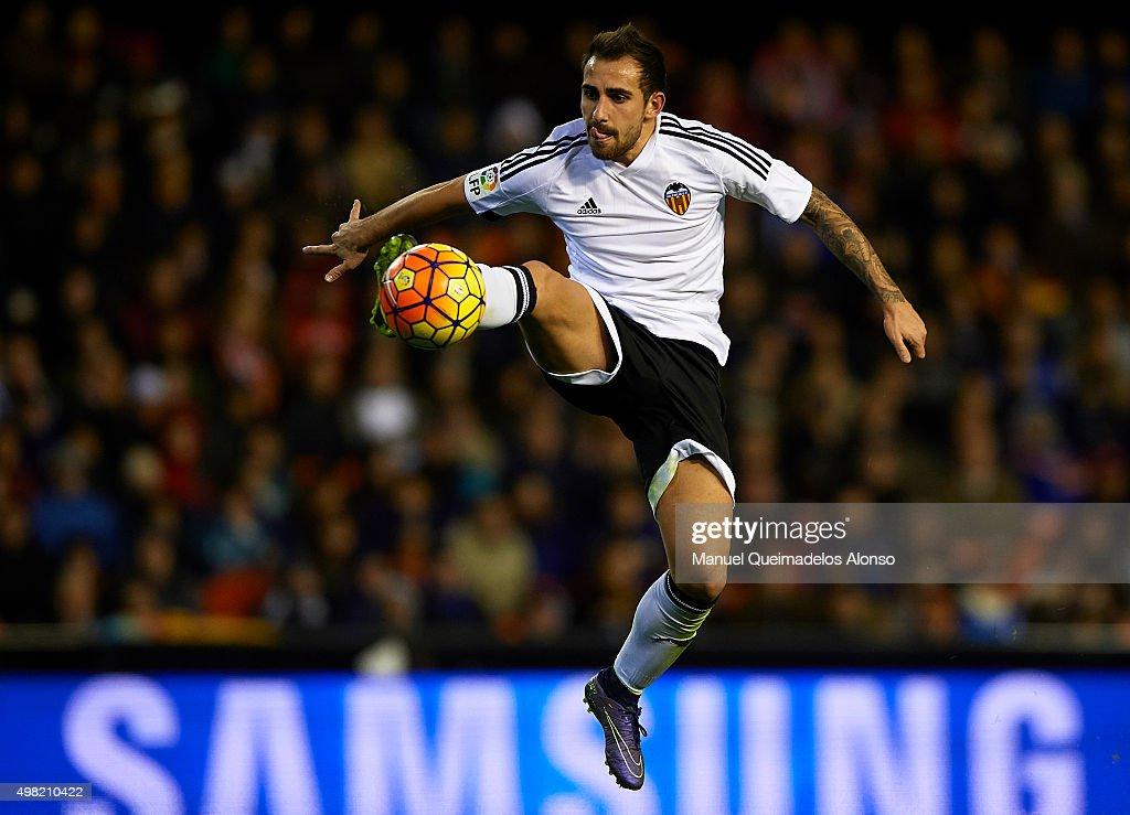 Paco Alcacer of Valencia controls the ball during the La Liga match between Valencia CF and UD Las Palmas at Estadi de Mestalla on November 21, 2015 in Valencia, Spain.