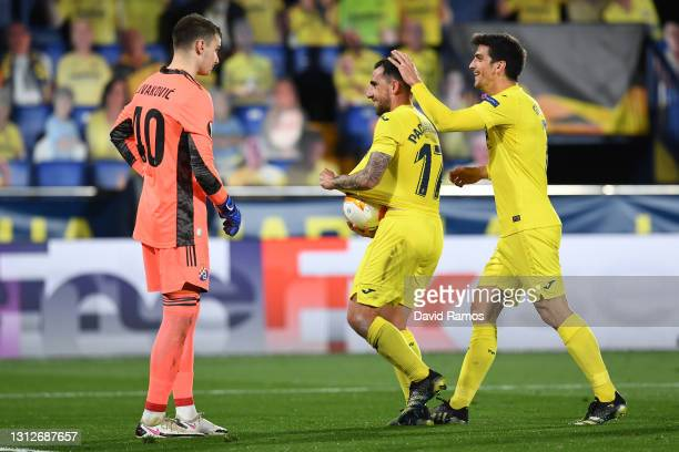 Paco Alcacer of Villarreal celebrates after scoring their team's first goal with teammate Gerard Moreno during the UEFA Europa League Quarter Final...