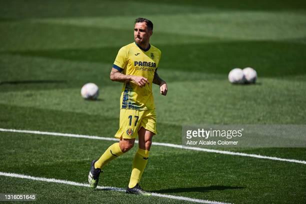 Paco Alcacer of Villarreal CF looks on during the warm up prior to the La Liga Santander match between Villarreal CF and Getafe CF at Estadio de la...