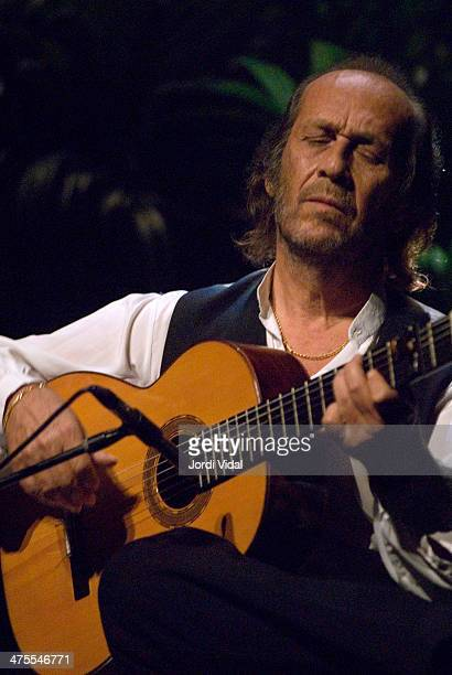 Paco de Lucia performs on stage at Gran Teatre del Liceu during De Cajon Festival Flamenco de Barcelona on July 23 2006 in Barcelona Spain