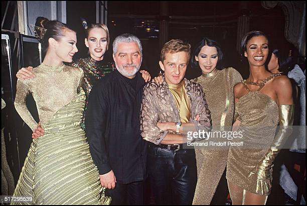 Paco Rabanne Backstage Ready to wear fashion show fall winter 19911992 collection in Paris