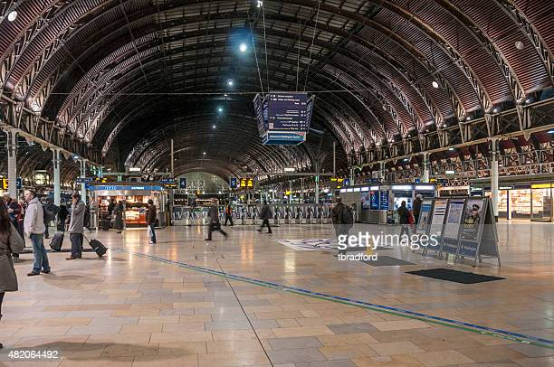 paddington railway station - paddington london stock pictures, royalty-free photos & images