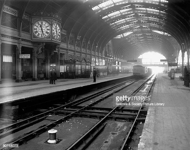 Paddington station December 1912 Platforms 1 and 2 of Great Western Railway's London Paddington station in the winter showing one of the station...