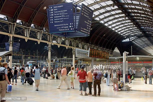 paddington station - railway station stock pictures, royalty-free photos & images