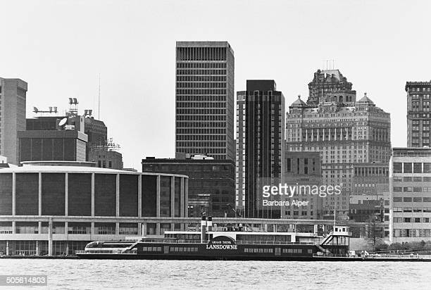 Paddle steamer by the Cobo Center on the International Riverfront in Detroit, Michigan, USA, 1986. The picture was taken from across the Detroit...