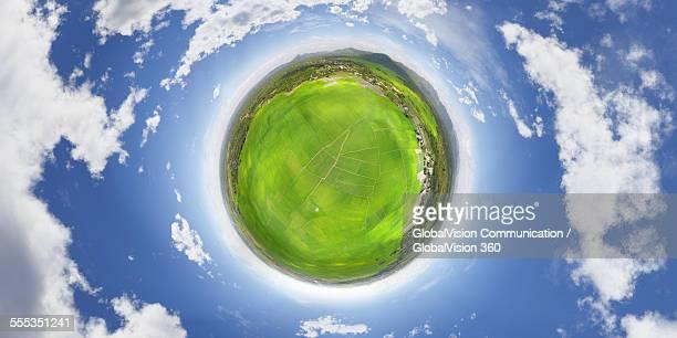 paddy fields seen in 360° - formato de pequeno planeta - fotografias e filmes do acervo