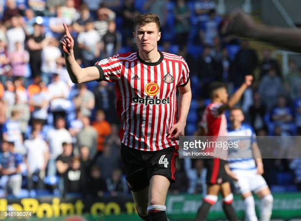 Paddy McNair celebrates scoring Sunderlands first goal during the Sky Bet Championship match between Reading and Sunderland at Madejski Stadium on...