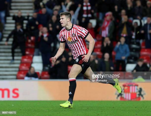 Paddy McNair celebrates scoring the third Sunderland goalduring the Sky Bet Championship match between Sunderland and Bolton Wanderers at Stadium of...