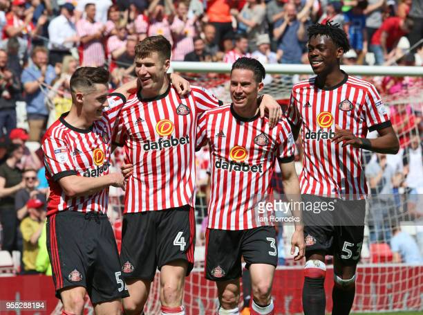 Paddy McNair of Sunderland celebrates after he scores the third goal during he Sky Bet Championship match between Sunderland and Wolverhampton...