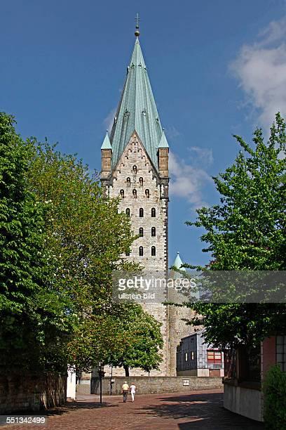 Paderborner Dom, Nordrhein-Westfalen, Deutschland, Erster Patron der Stadt und des Bistums und dritter Patron des Doms ist der Heilige Liborius von...