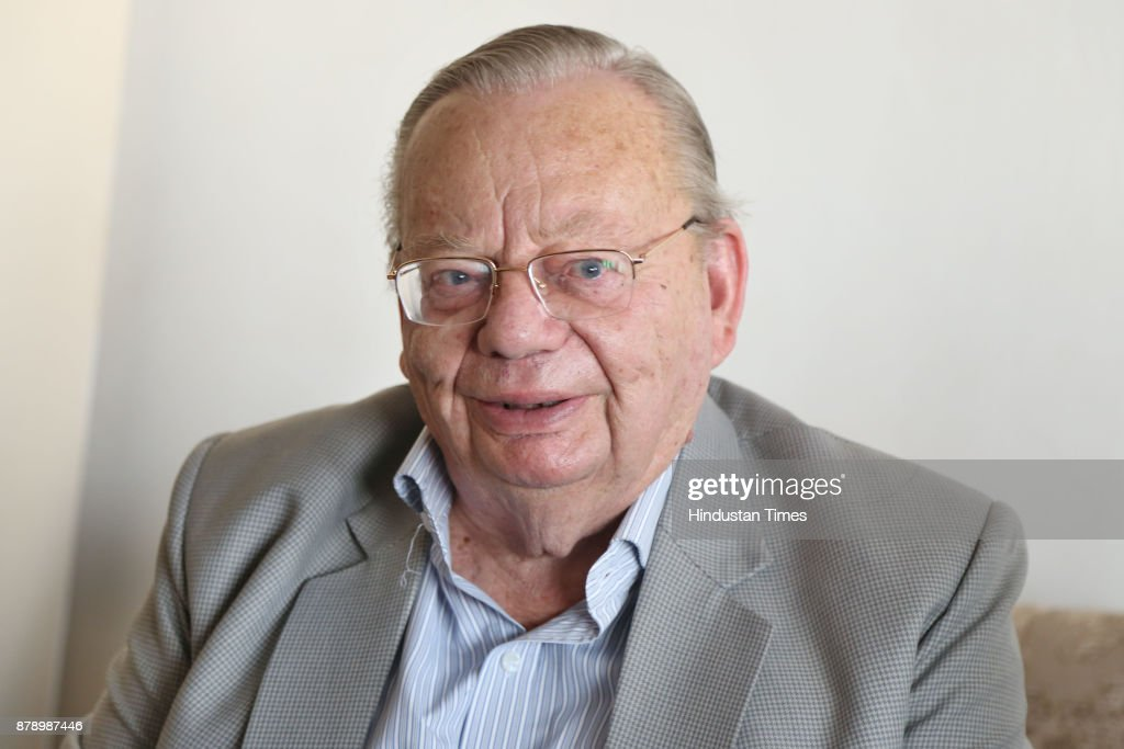 Padma Bhushan Awardee Author Ruskin Bond during the Chandigarh Literature Festival 2017 at Lake Club on November 25 2017 in Chandigarh India