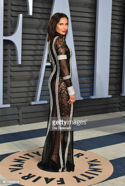Padma Lakshmi attends the 2018 Vanity Fair Oscar Party hosted by Radhika Jones at Wallis Annenberg Center for the Performing Arts on March 4 2018 in...