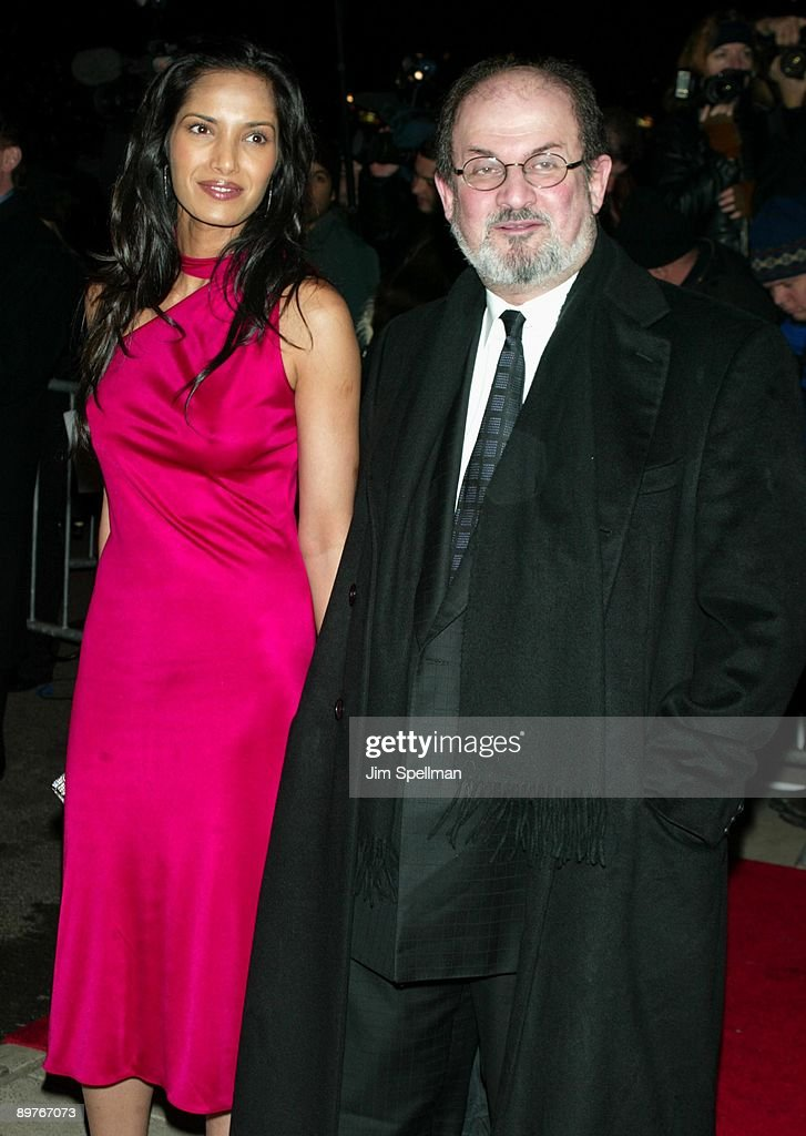 """""""The Hours"""" New York City Premiere - Arrivals : News Photo"""