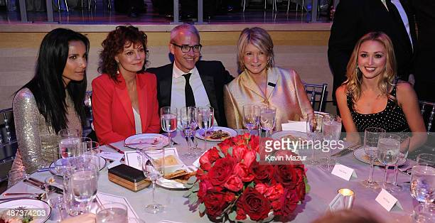 Padma Lakshmi Susan Sarandon Jess Cagle and Martha Stewart attend the TIME 100 Gala TIME's 100 most influential people in the world at Jazz at...
