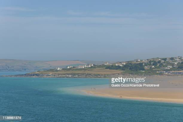 padstow, beach along river camel - image stock pictures, royalty-free photos & images