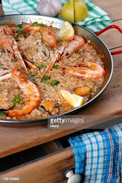 Paella am Kitchen Table